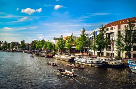amsterdam-boat-on-canal