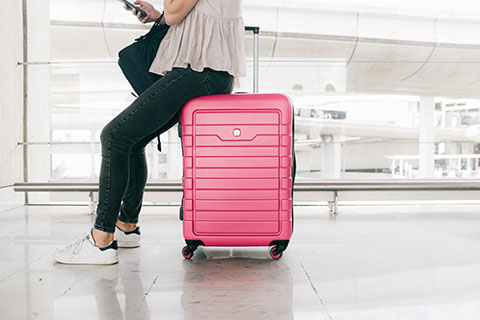 colored-luggage
