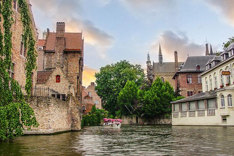 Bruges-Belgium-fall